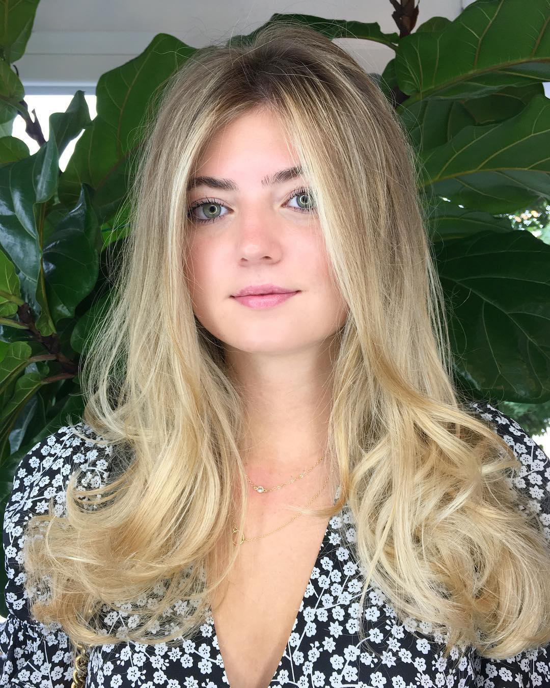 Blonde Long Layered Cut with Bombshell Blowout Texture and Balayage Highlights Long Fall Hairstyle