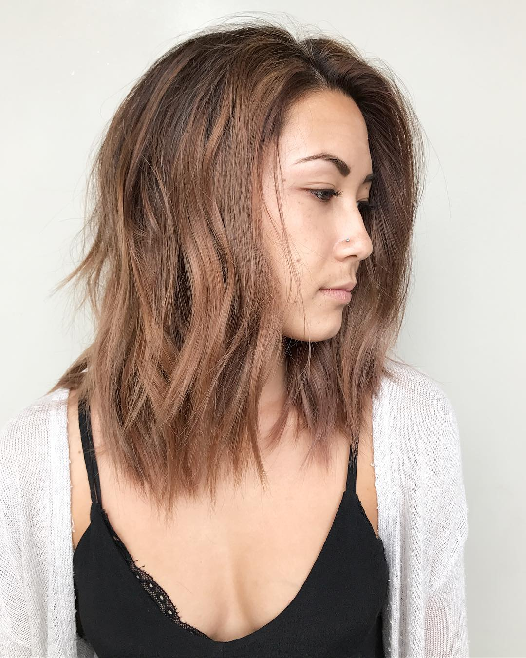 Light Rose Brown Lob with Seamless Layers and Soft Tousled Beach Waves Perfect for Summer Medium Length Hairstyle