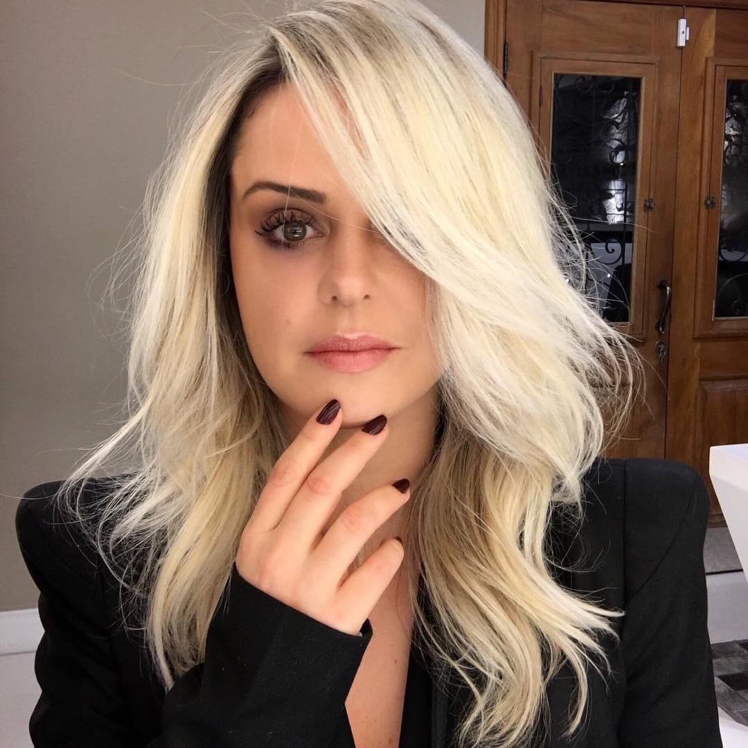 Long Blonde Layered Blowout with Side Swept Face Framing ...