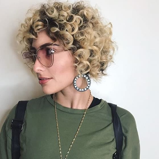Short Layered Bob with Curly Texture and Bohemian Blonde Ombre Short Hairstyle