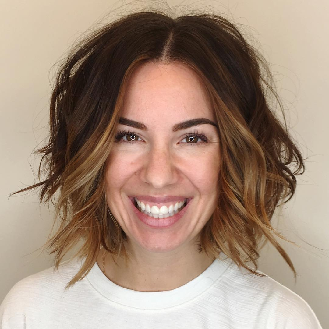 Slightly Angled Soft Layer Bob with Undone Wavy Texture and Face Framing Brunette Balayage Short Hairstyle