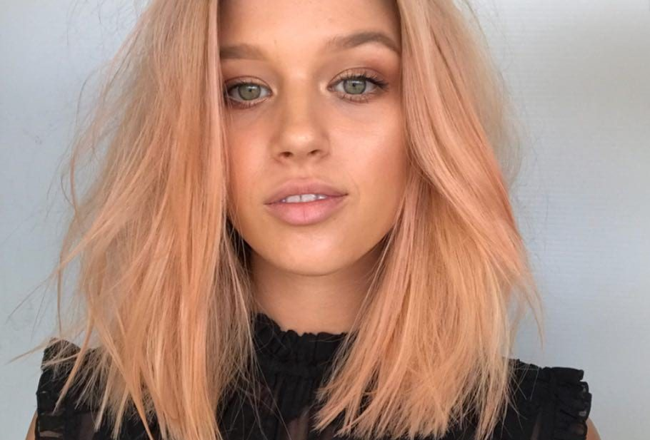 Soft Blend Bob with Just a Bend Messy Texture and Rose Gold Blonde Hair Color Medium Length Summer Hairstyle