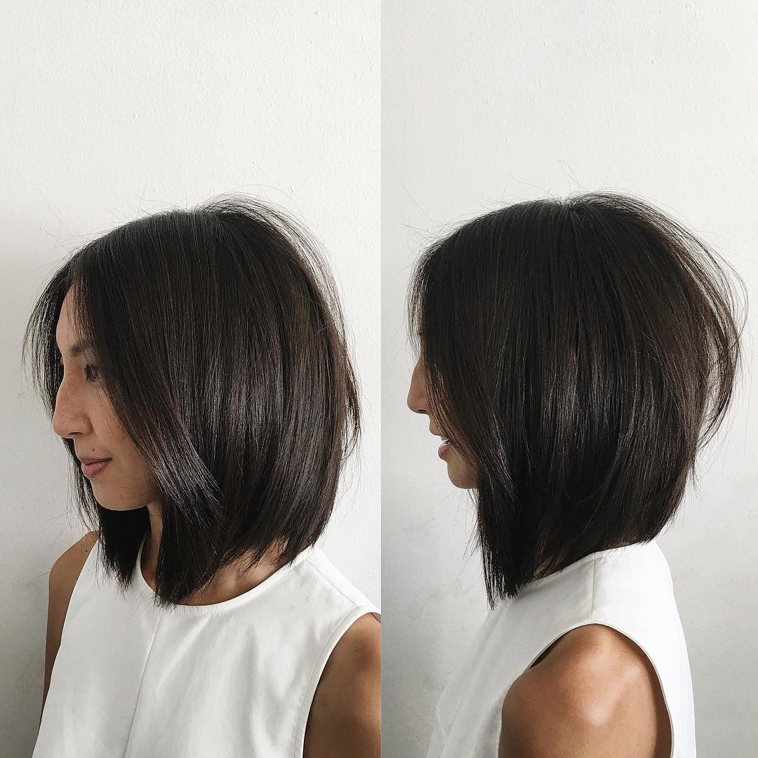 Soft Layered Bob with Curtain Part and Straight Texture Medium Length Hairstyle