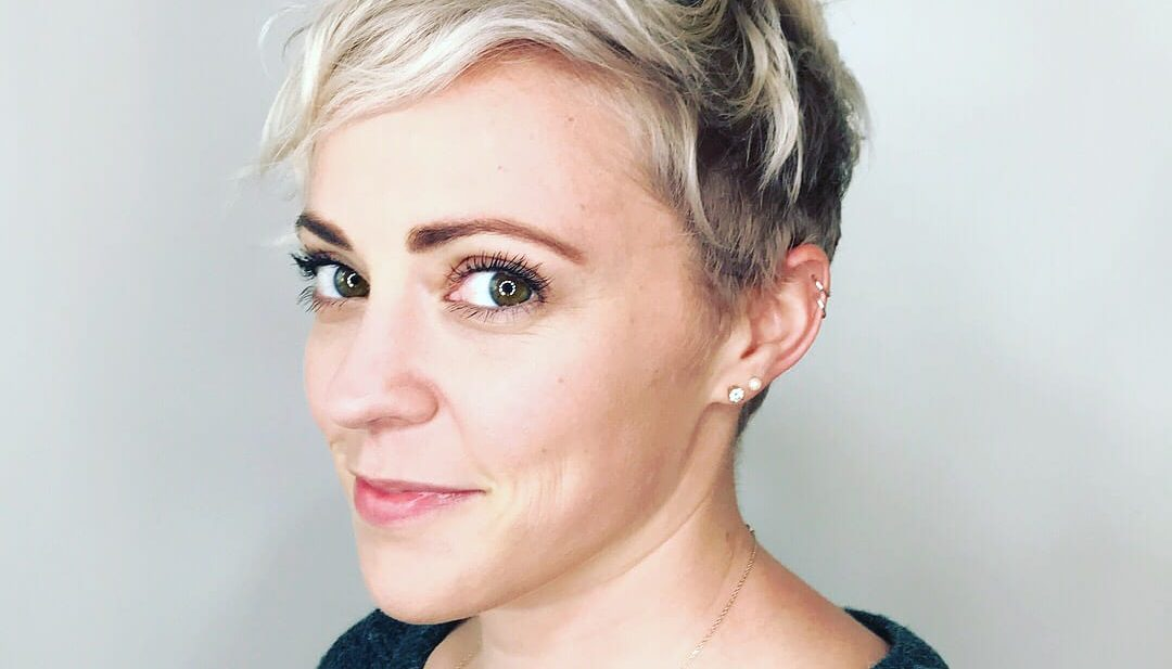 Wavy Platinum Pixie with Undone Textured Fringe and Shadow Roots Short Hairstyle