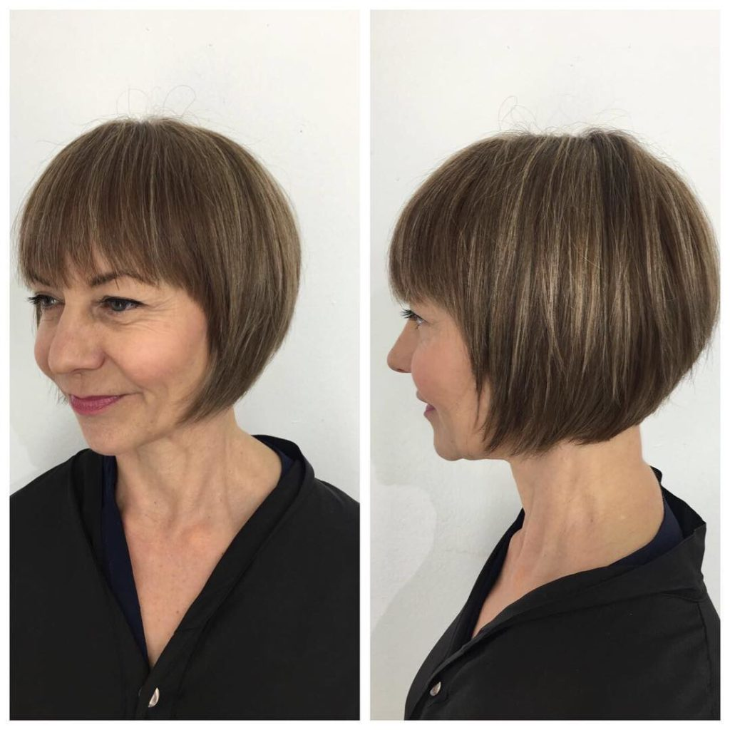 Short Rounded Classic Bob with Fringe and Highlights